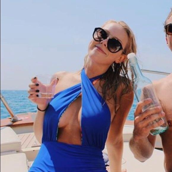 Beautiful Reversible Mara Hoffman Swimsuit Small S